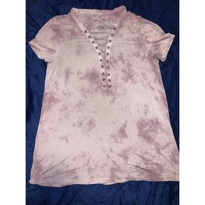 American Eagle t-shirt with lace.